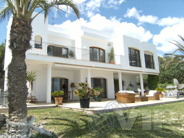 VIP 1888: Villa for Sale in Cuevas del Almanzora, Almería
