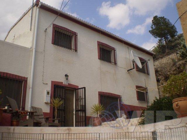 VIP2016: Townhouse for Sale in Zurgena, Almería