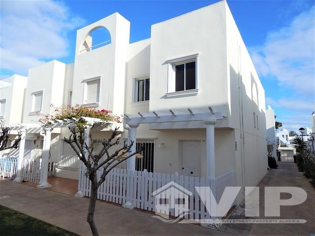 VIP7526: Townhouse for Sale in Vera Playa, Almería