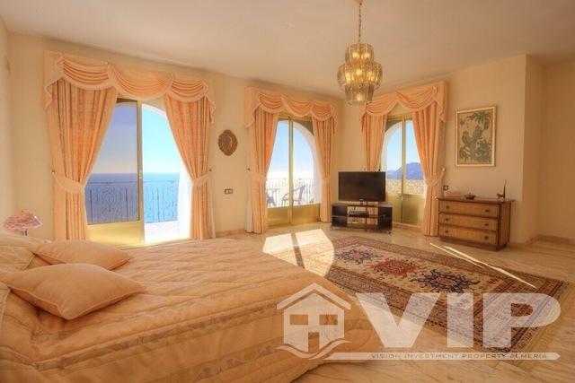 Master suite enjoys stunning sea views