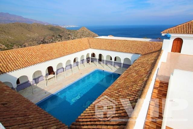 Stunning Moorish style luxury villa