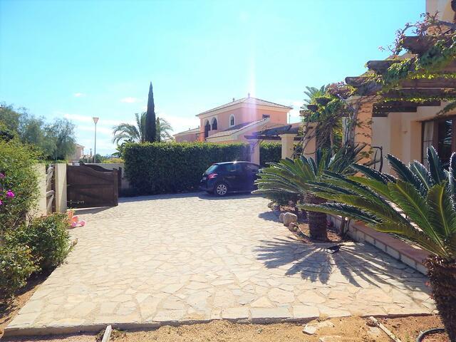 VIP7843: Villa for Sale in Vera Playa, Almería